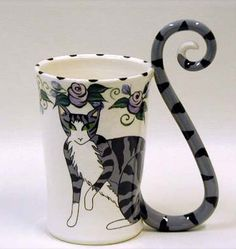These Cat-Tail Mugs Have Perfect Feline Form OMYGOSH! Meeee neeeeed this Mug :)
