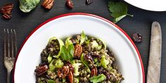 Voici une salade nourrissante et gourmande! Voici, Sprouts, Vegetables, Food, Lentil Salad, Kitchens, Salads, Nutritional Yeast, Brussels Sprouts