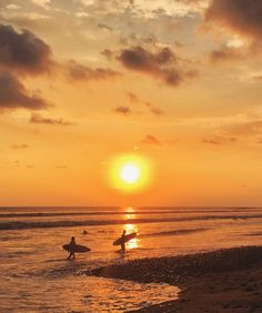 Sunset at Dominical, Costa Rica {Katie at the Kitchen Door}