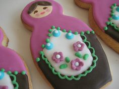 russian nesting doll close-up Cupcake Cookies, Sugar Cookies, Cupcakes, Chocolates, Matryoshka Doll, Royal Icing, Treats, Dolls, Baking