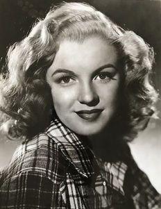 Joseph Jasgur (1919-2009) - Photofest - Marilyn Monroe - 1946