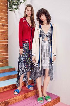 See the complete Tanya Taylor Pre-Fall 2018 collection.