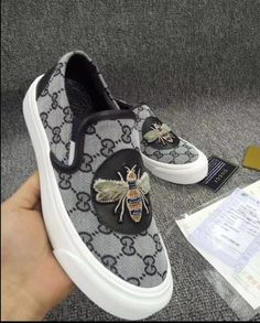 Sock Shoes, Cute Shoes, Me Too Shoes, Best Sneakers, Sneakers Fashion, Shoes Sneakers, Shoes 2018, Sneaker Boutique, Gucci Fashion