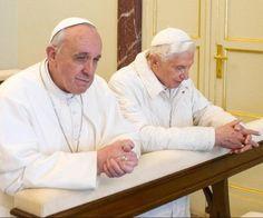 Por primera vez en la historia dos Papas en el Vaticano