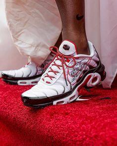 Behind The Scenes By footlocker Best Sneakers, Air Max Sneakers, Shoes Sneakers, Women's Shoes, Lps, Nike Tn, Nike Air Max Mens, Nike Kids, Foot Locker