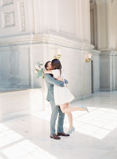 Intimate city hall wedding in San Francisco complete with lovely pastel details. Civil Wedding, Elope Wedding, Wedding Pics, Wedding Dresses, Wedding Venues, Wedding Ceremony, Courthouse Wedding Photos, Civil Ceremony, Photo Couple
