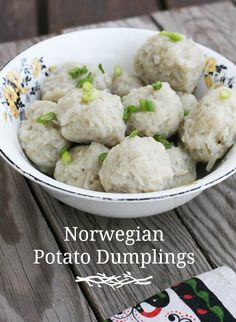 Norwegian potato dumplings (potato klub). A historic recipe.