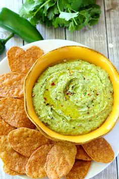 Spice up your next casual gathering with this Cilantro Jalapeño Hummus recipe! Dip Town House Sea Salt Pita Crackers into this appetizer for one flavorful bite.