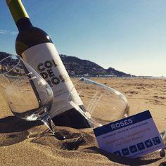 Vols guanyar un lot de vins @collderoses @do_emporda ? Cada dilluns, dimecres i dissabtes estigues atent al nostre Facebook! #aRoses #VisitRoses #inCostaBrava @empordawine