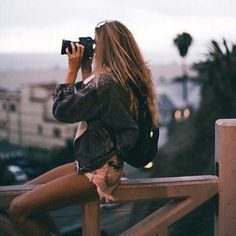 Photography Poses Travel Portrait Ideas 51 Ideas For 2019 Shotting Photo, Poses Photo, Must Have Gadgets, Foto Casual, Tumblr Girls, Portrait Photography, Travel Photography, Fashion Photography, Photography Lighting