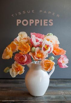 DIY Paper Crafts : How to Make These Gorgeous Tissue Paper Poppies Handmade Flowers, Diy Flowers, Fabric Flowers, Poppy Flowers, Bright Flowers, Origami Flowers, Flower Ideas, How To Make Paper Flowers, Tissue Paper Flowers