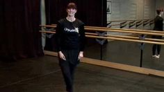 Coupe is one of the first steps in ballet. With this three-minute tutorial, it will be even easier to master it and show it to your friends.