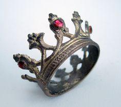 sweet crown ring
