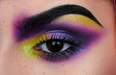 Close up of today's look EYEBROWS: Aqua Brow in 40 by @makeupforeverofficial EYES: Electric palette by @urbandecaycosmetics, Chrysalis palette by @katvondbeauty and Immortal Lash 24h mascara by @katvondbeauty #makeupoftheday #motd #anastasiabeverlyhills #sephora #hudabeauty #undiscovered_muas #wakeupandmakeup #vegas_nay #jeffreestar #norvina #dressyourface #universodamaquiagem_oficial #nyx #nyxespaña #slave2beauty #nikkietutorials #patrickstarrr #mannymua #makeupjunkie #makeupaddict…