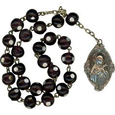 1930s Venetian Glass Chaplet of St. Therese with Rare Lisieux Basilica Supporter Card