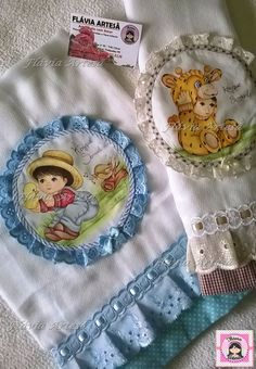 Quilted Pillow, Ribbon Embroidery, Projects To Try, Baby Boy, Baby Shower, Quilts, Blanket, Pillows, Cute
