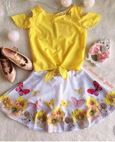 New Baby Girl Princess Newborn Photos Ideas Baby Girl Fashion, Toddler Fashion, Kids Fashion, Baby Girl Patterns, Baby Dress Design, Baby Girl Princess, New Baby Girls, Little Girl Dresses, Boy Outfits