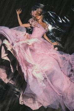 'Knight Vision', Gisele Bündchen by Nick Knight, Vogue UK November 2006.  Gisele Bündchen wears a rose-pink tulle dress, designed by John Galliano to celebrate the 60th anniversary of Dior; made exclusively for Vogue.
