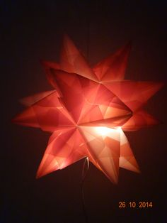 orange mit Lichterkette