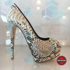 Vicini Горячие скидки #шоппингиталия #совместныезакупки #shoppingitaly #forwardingitaly #посредниквиталии #риминишоппинг #posrednikvitaly #salesitaly #saleinitaly #smartforwardingitaly #smartitalyrimini #smartassistanceshoppingitaly #smartvicini Italy, Heels, Instagram, Fashion, Moda, Italia, Shoes Heels, Fasion, Heel