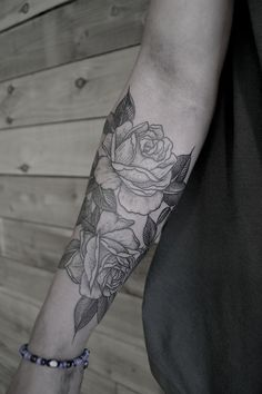 http://tattooideas247.com/wp-content/uploads/2014/07/Black-Roses-Tattoo-On-Arm.jpg Black Roses Tattoo On Arm #ArmTattoo, #ArmTattooIdea, #RoseTattoo, #Roses, #RosesTattoo, #RosesTattooOnArm, #Tattoo