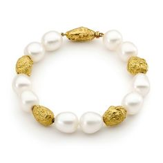 Linneys 18ct yellow gold Australian south sea pearl bracelet_zoom