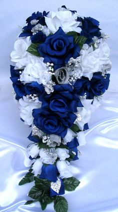 cascading bouquet silk flowers wedding flowers - Page 56 of 101 - Wedding Flowers & Bouquet Ideas Blue Wedding Flowers, Flower Bouquet Wedding, Silk Flowers, Wedding Colors, Bouquet Flowers, Wedding Blue, Bling Wedding, Wedding Bridesmaids, Rustic Wedding