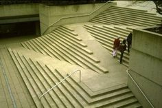 A ramp with integrated wheelchair access. Designed by architect Arthur Erikson. Via wimp.com