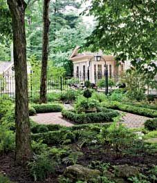 Garden design: Serene Georgian-style garden