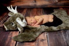 Newborn photography - hunting