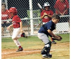 Cardinals charge past Yankees, 14-5, in 8U Machine Pitch action