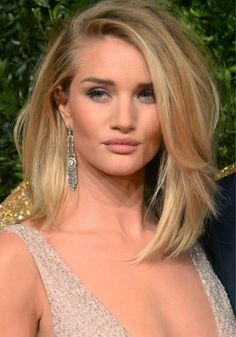 No Slip Here: Rosie Huntington-Whiteley Avoids Wardrobe Malfunction at the British Fashion Awards 2015 in Burberry