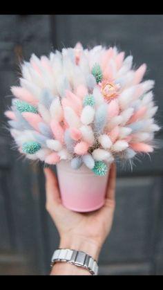 Diy Bouquet, Dried Flower Bouquet, Dried Flowers, Bouquets, Flower Box Gift, Flower Boxes, Diy Wedding Decorations, Flower Decorations, Pastel Flowers