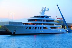 92-meter Aquarius (Project Touchdown) was launched by Feadship one month ago. Since then the Dutch shipyard has released official images of its new yacht and our colleagues from Dutch Yachting have taken pictures of Steve Wynn's newest flagship with her mast installed.Now we've been informed that...