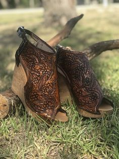 Love how these turned out! What do you want yours to look like? Cute Country Outfits, Western Outfits, Leather Gifts, Leather Craft, Leather Tooling, Tooled Leather, Wedding Shoes, Dream Wedding, Dream Prom