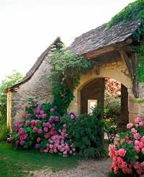 Lovely.../ This reminds me of my home,.. kinda gingerbread-sy!