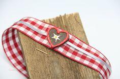 Gingerbread Heart Choker von GeekEcrafts auf Etsy Heart Choker, Tie Clip, Gingerbread, Chokers, Etsy, Vintage, Accessories, Fashion, Choker