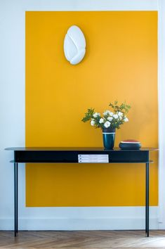 Interior Color Trends 2020 Mustard Yellow In Interiors And Design Mustard Yellow Interior Color Trend Italianbark 16 Colorful Interior Design, Yellow Interior, Diy Interior, Colorful Interiors, Interior Decorating, Yellow Home Decor, Natural Interior, Home Design, Wall Design