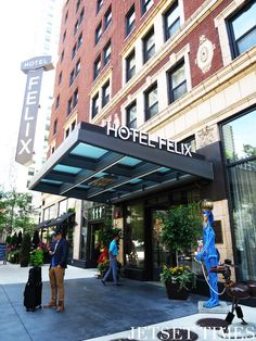 Hotel Felix is an eco-friendly boutique hotel that's Silver LEED certified in Chicago  #chitown #ecofriendly #sustainable #boutiquehotel #luxuryhotel #luxurytravel #ecotravel #sustainabletravel