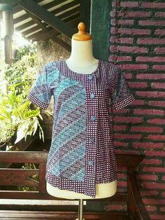 Batik Kebaya, Batik Dress, Blouse Batik Modern, Batik Muslim, Fashion Wear, Fashion Outfits, Batik Couple, Batik Fashion, Kurta Designs Women