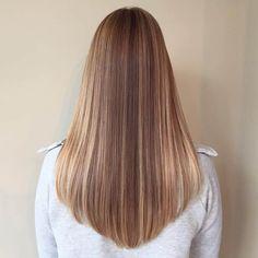 V cut hair, long hair v cut, v shape hair, v hair, in style hair cu Long Hair V Cut, V Cut Hair, V Hair, Hair Cut Straight, Straight Hair Highlights, Thick Hair, Haircuts For Long Hair, Straight Hairstyles, Hairstyles 2018