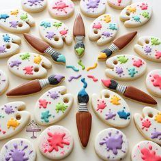 It's a paint party! #birthdayfavours #paintparty #cookies #customcookies #customdecoratedsugarcookies #toronto #torontocookies…