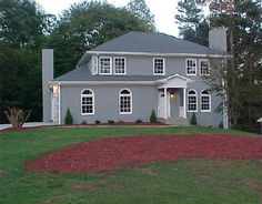 Gray Stucco House With Quoins Exterior Homes Paint