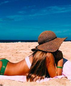 fotos summer pictures, summer photography e beach p Beach Foto, Beach Bum, Summer Beach, Summer Vibes, Summer Sun, Girl Beach, Summer Breeze, Bikini Beach, Summer Pictures