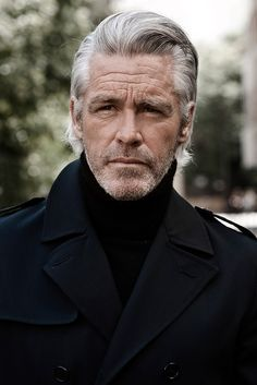 Hairstyles hombre 40 Amazing Silver Fox Hairstyles For Men Handsome Older Men, Handsome Men Quotes, Handsome Arab Men, Older Man, Best Hairstyles For Older Men, Haircuts For Men, Hairstyles Men, Beautiful Women Quotes, Beautiful Men