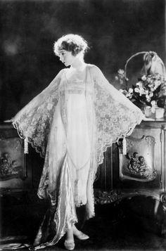 Lillian Gish, 1924