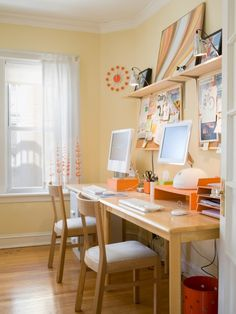 Jessica & Alex: Love this double duty workspace! (via Apartment Therapy)