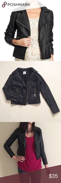 """Old Navy faux leather jacket XS Old Navy black faux leather jacket. Like new condition! Size XS, fits like a Small. Zipped: 18"""" pit to pit and 20.5"""" long. Heavy. Old Navy Jackets & Coats"""