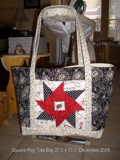 Quilting Tote Bag (((ooooh i love that center pattern!)))