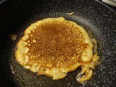 Low Carb Eiweiß Pfannkuchen. Pfannkuchen mit viel Protein und wenig Kohlenhydraten.